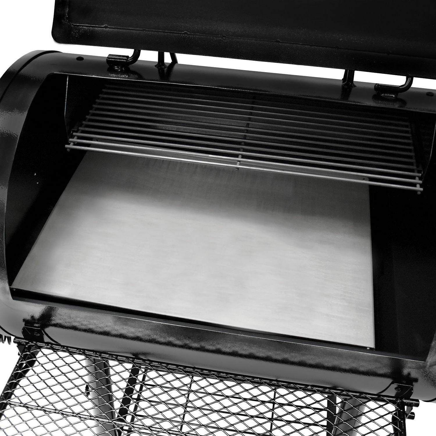 Large Smoker Grill 751 in Cooking
