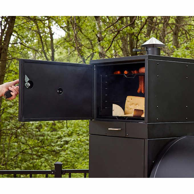 New Competition Pro Louisiana Grills, Grill Smoker