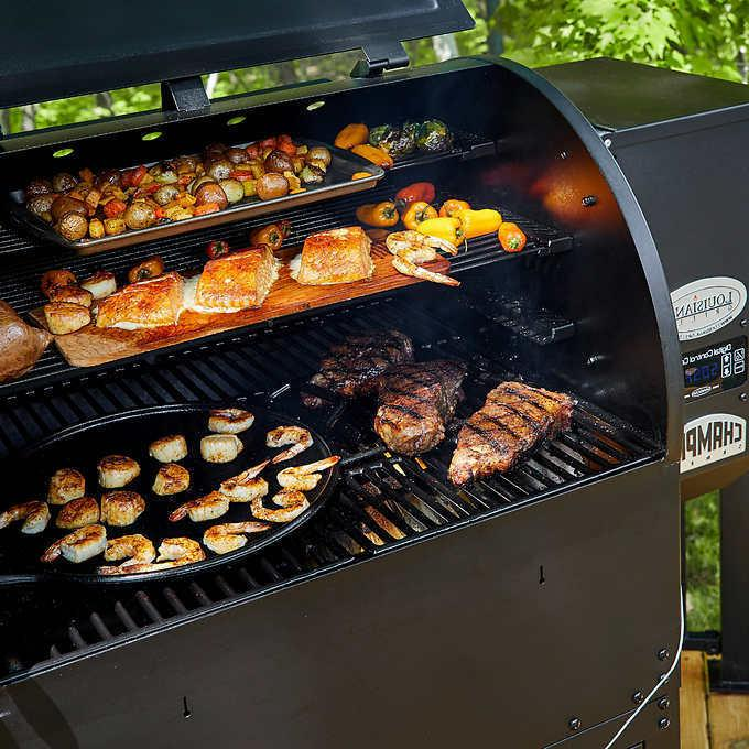 New Competition Pro Louisiana Wood Grill and Smoker